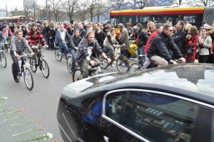 reduci ciclistas se toman la calle
